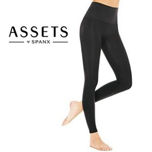 SPANX Assets Red Hot Label Shaping Leggings XL